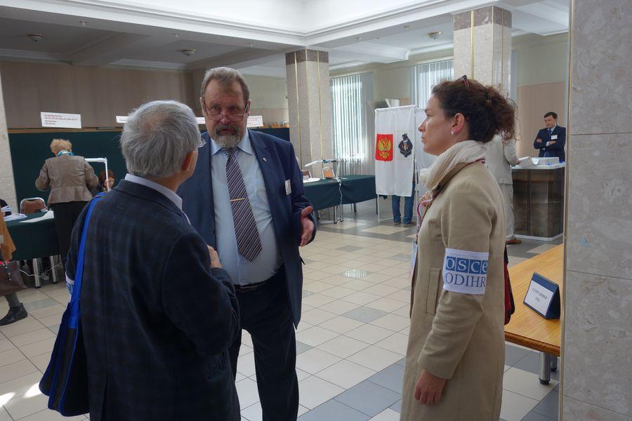 Dans un bureau de vote à Khabarovsk le jour du scrutin